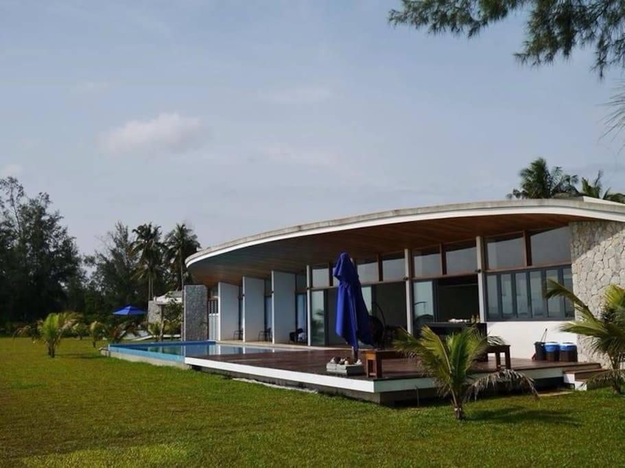 Villaku Residence